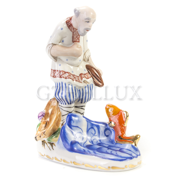 Скульптура «Сказка о рыбаке и рыбке» в красках