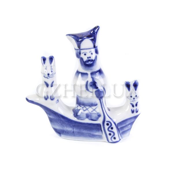 Скульптура «Дед Мазай и зайцы»