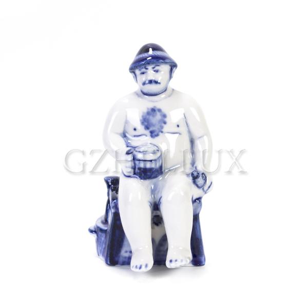Скульптура «Гжельская Банька» №7 (Мужчина с кружкой)