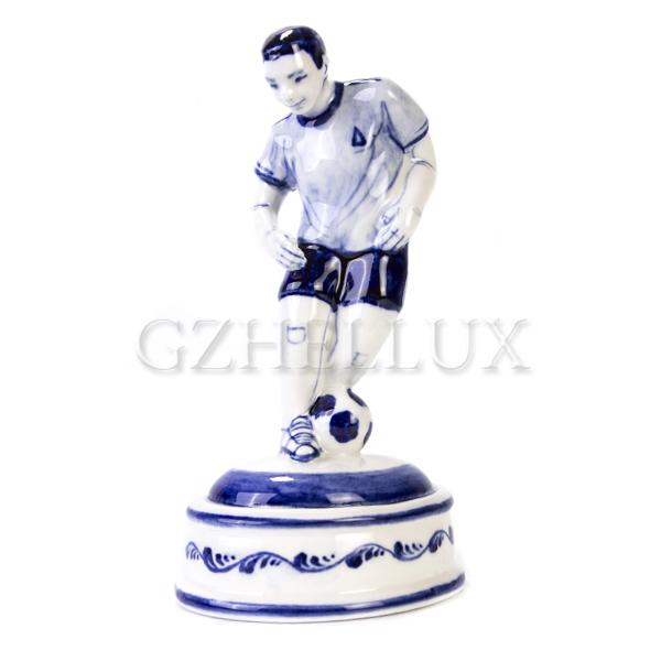 Скульптура «Футболист»