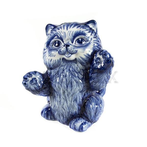Скульптура «Кот играется»
