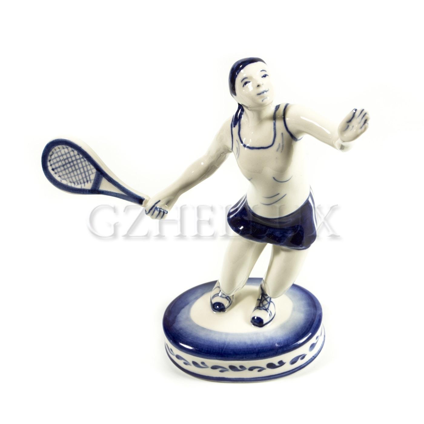 Скульптура «Теннисистка»