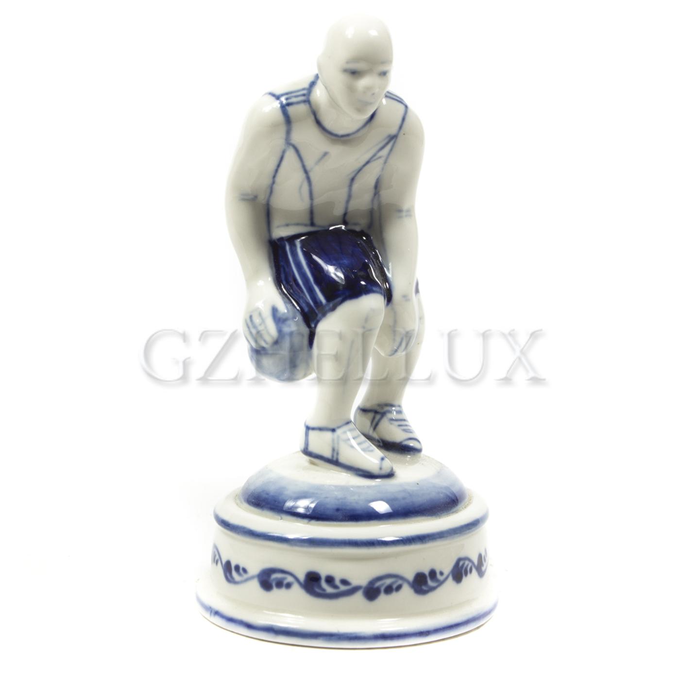 Скульптура «Баскетболист»