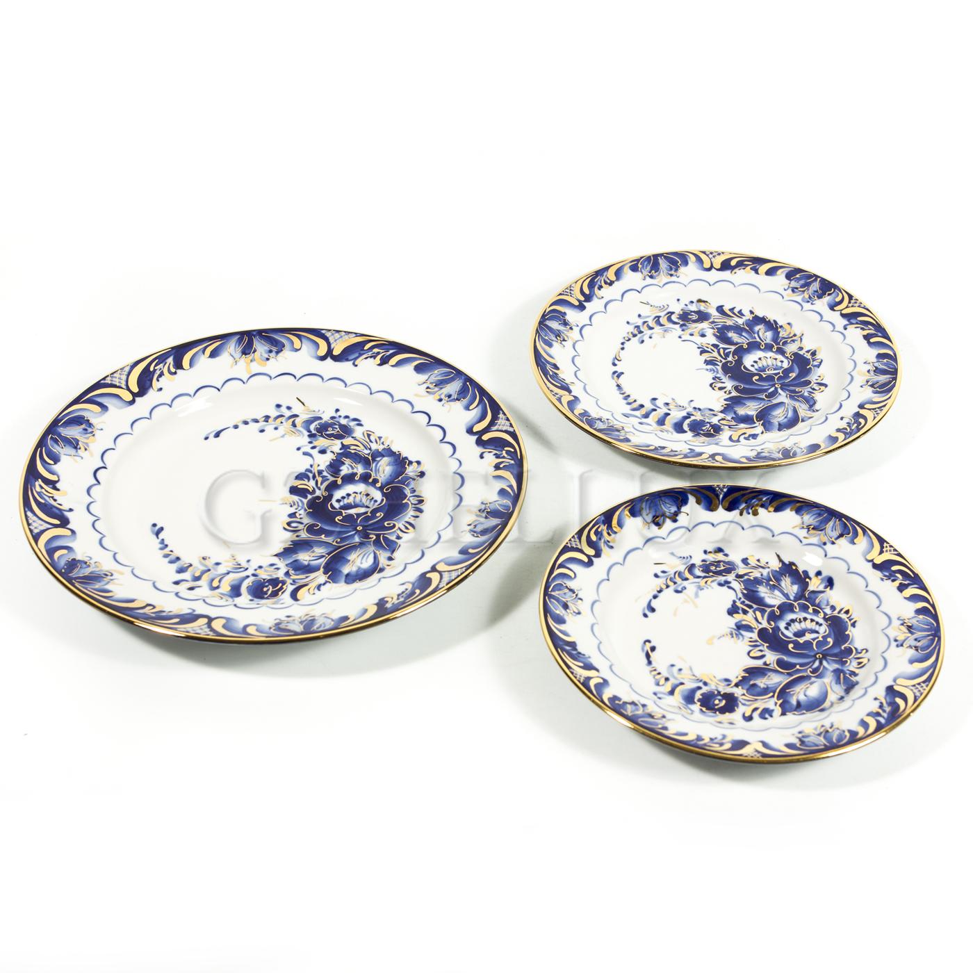 Тарелка столовая «Синие Розы» в золоте