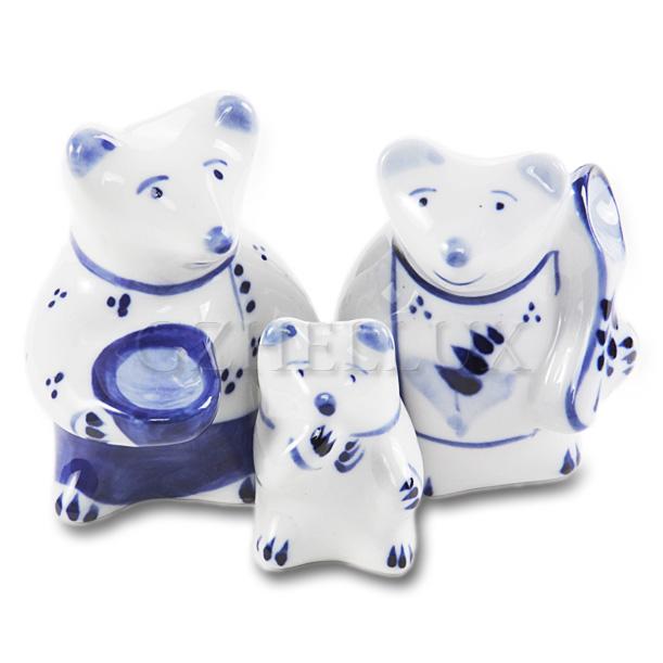 Скульптура «Три медведя»