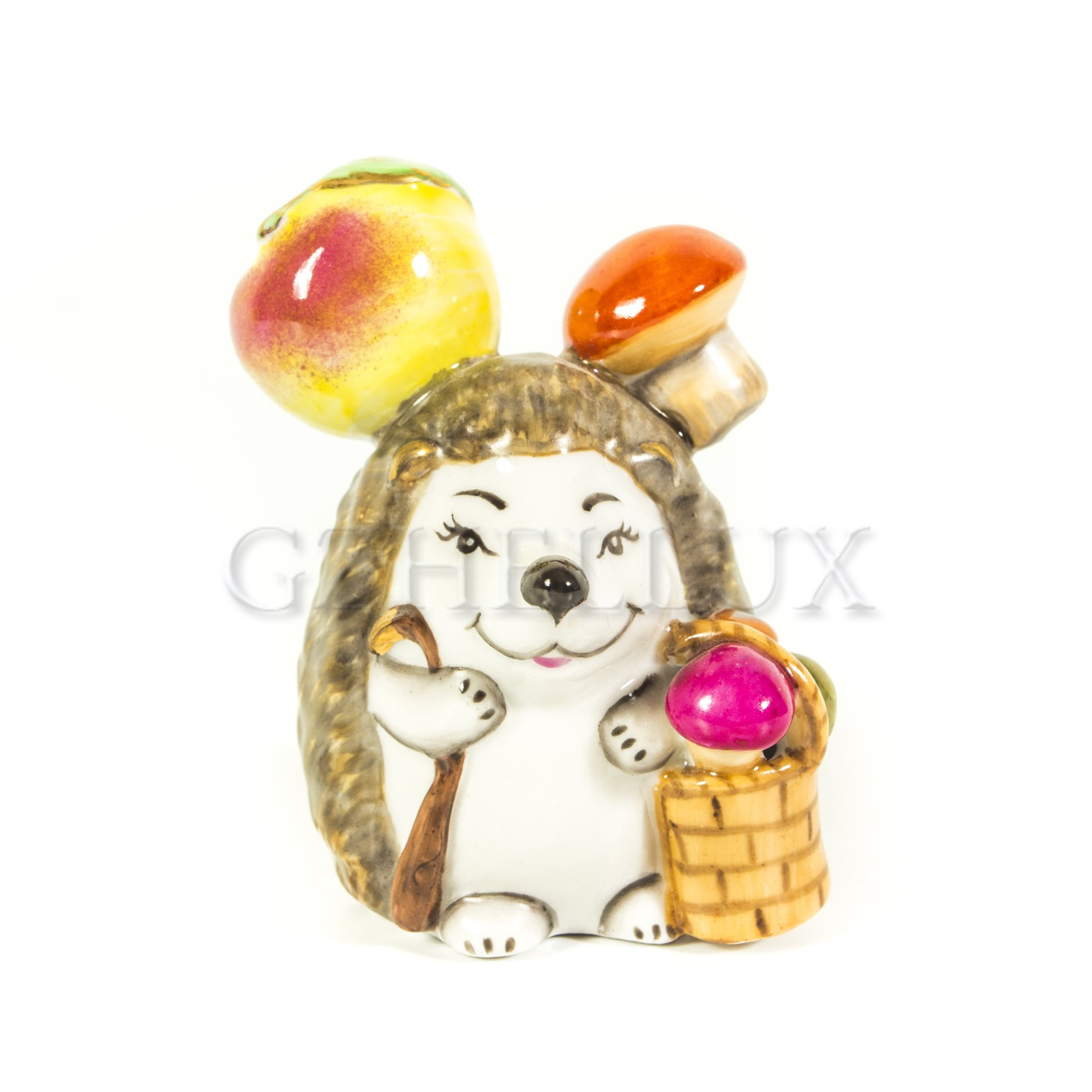 Скульптура «Ёжик с яблоками» в красках
