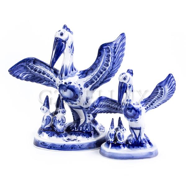 Скульптура «Пеликан»