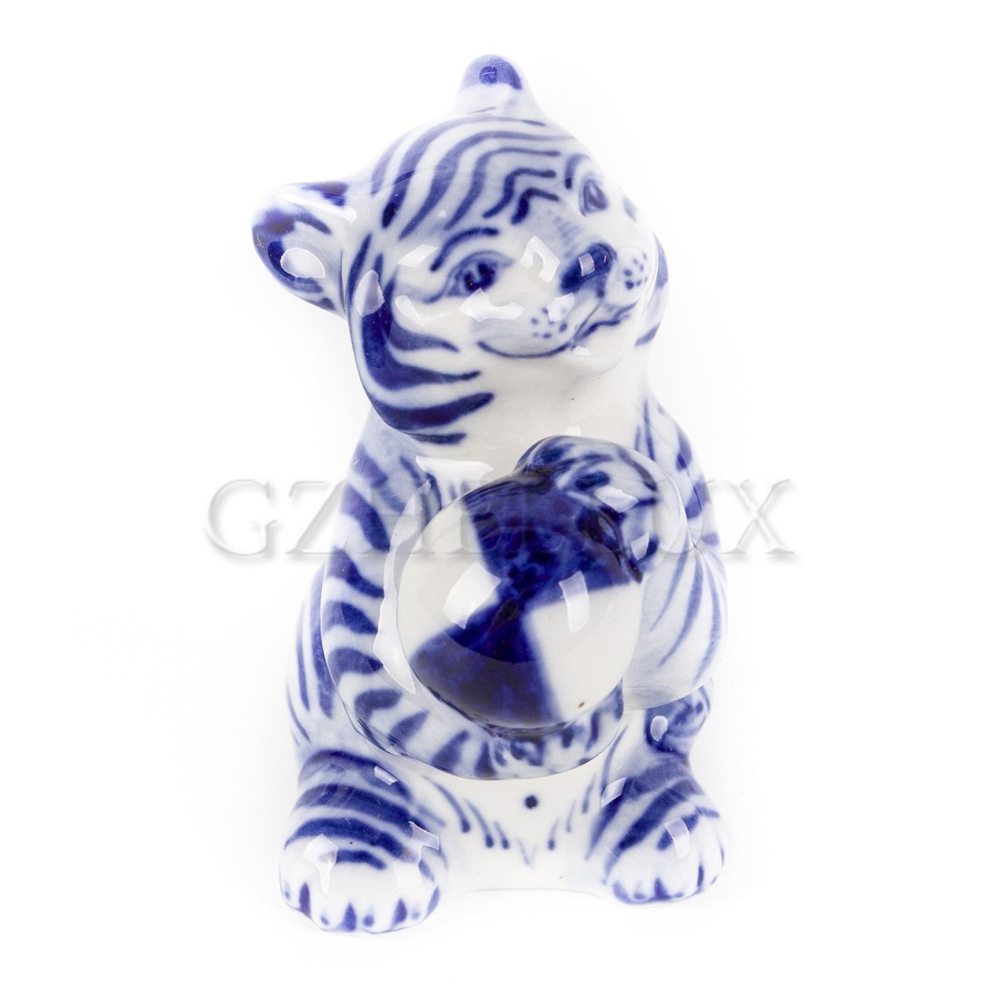 Скульптура «Тигр с мячом»