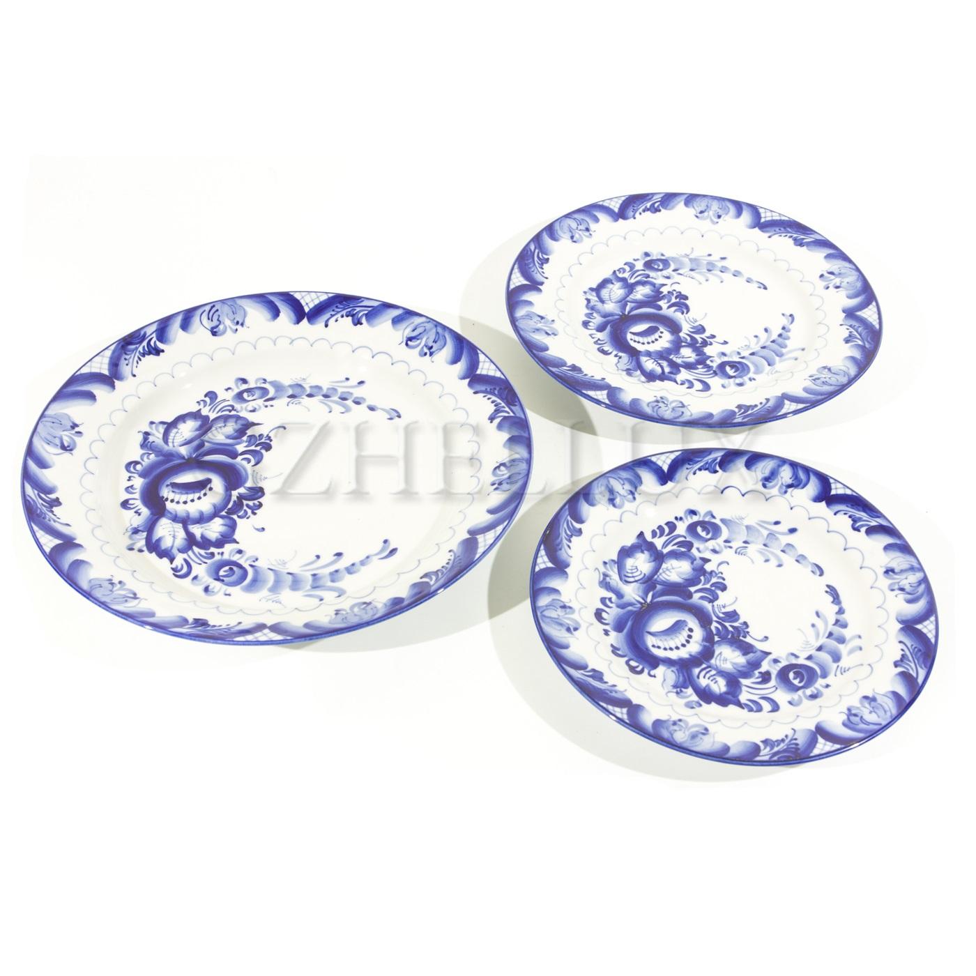 Тарелка столовая «Синие Розы»