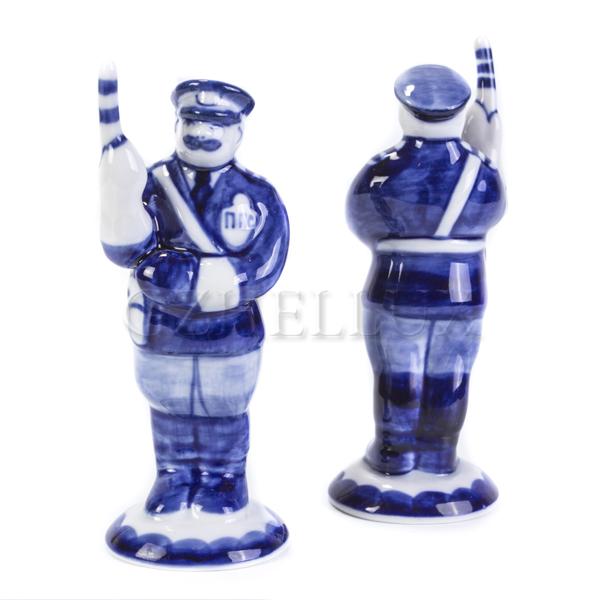 Скульптура «Милиционер Летом»