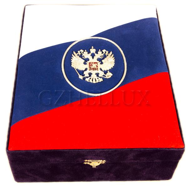Коробка Бархатная «Триколор»