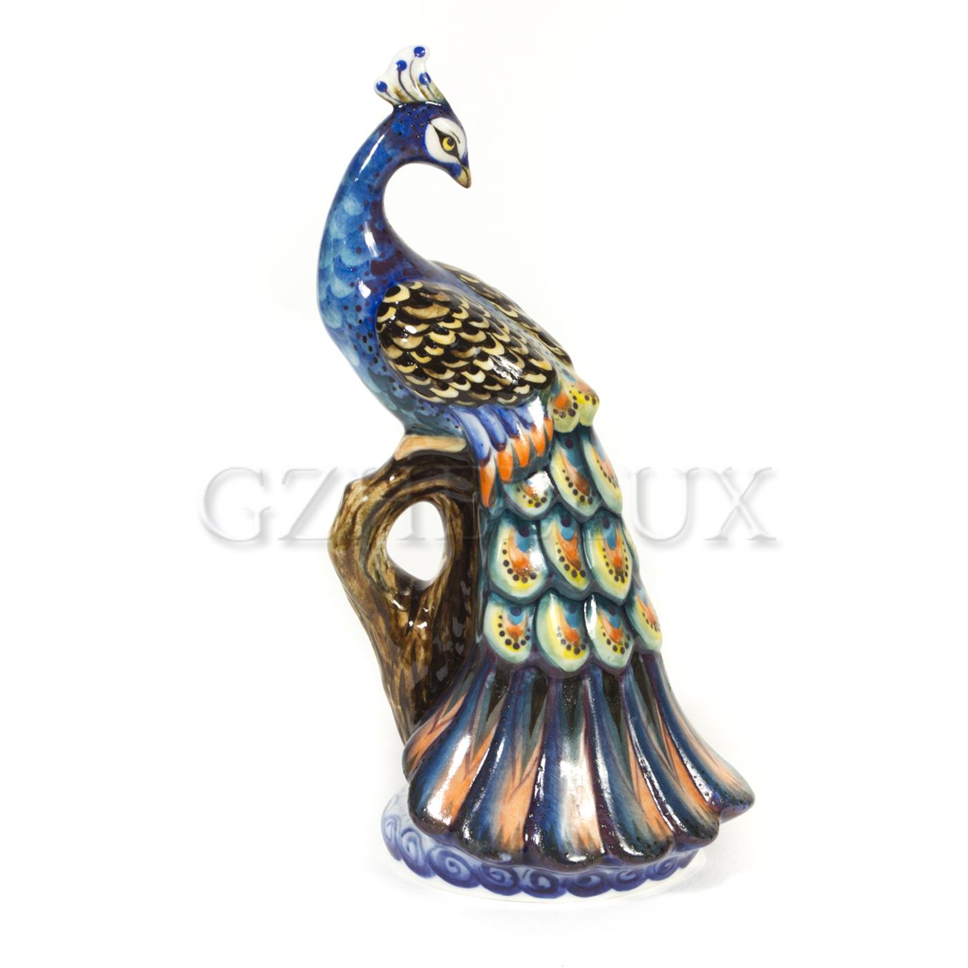 Скульптура «Жар-птица» в красках
