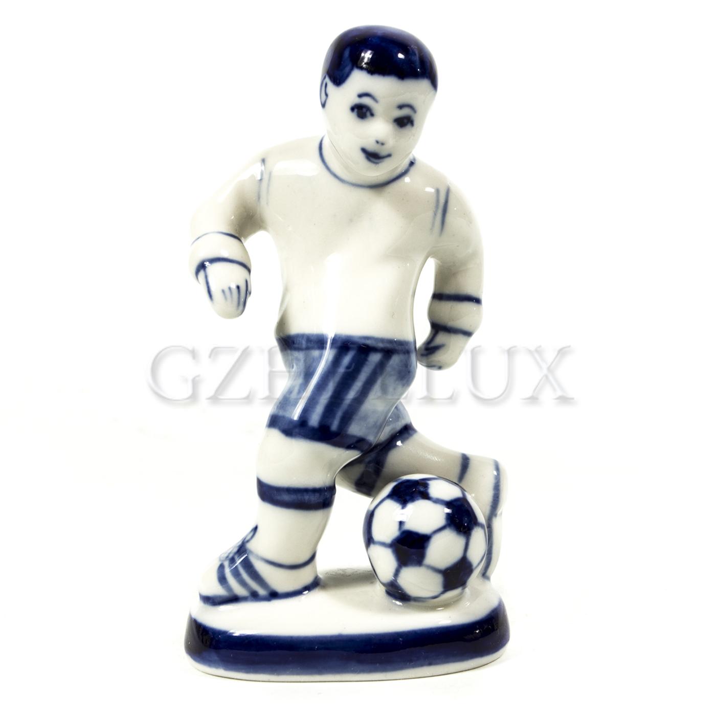 Скульптура «Футболист Победитель»