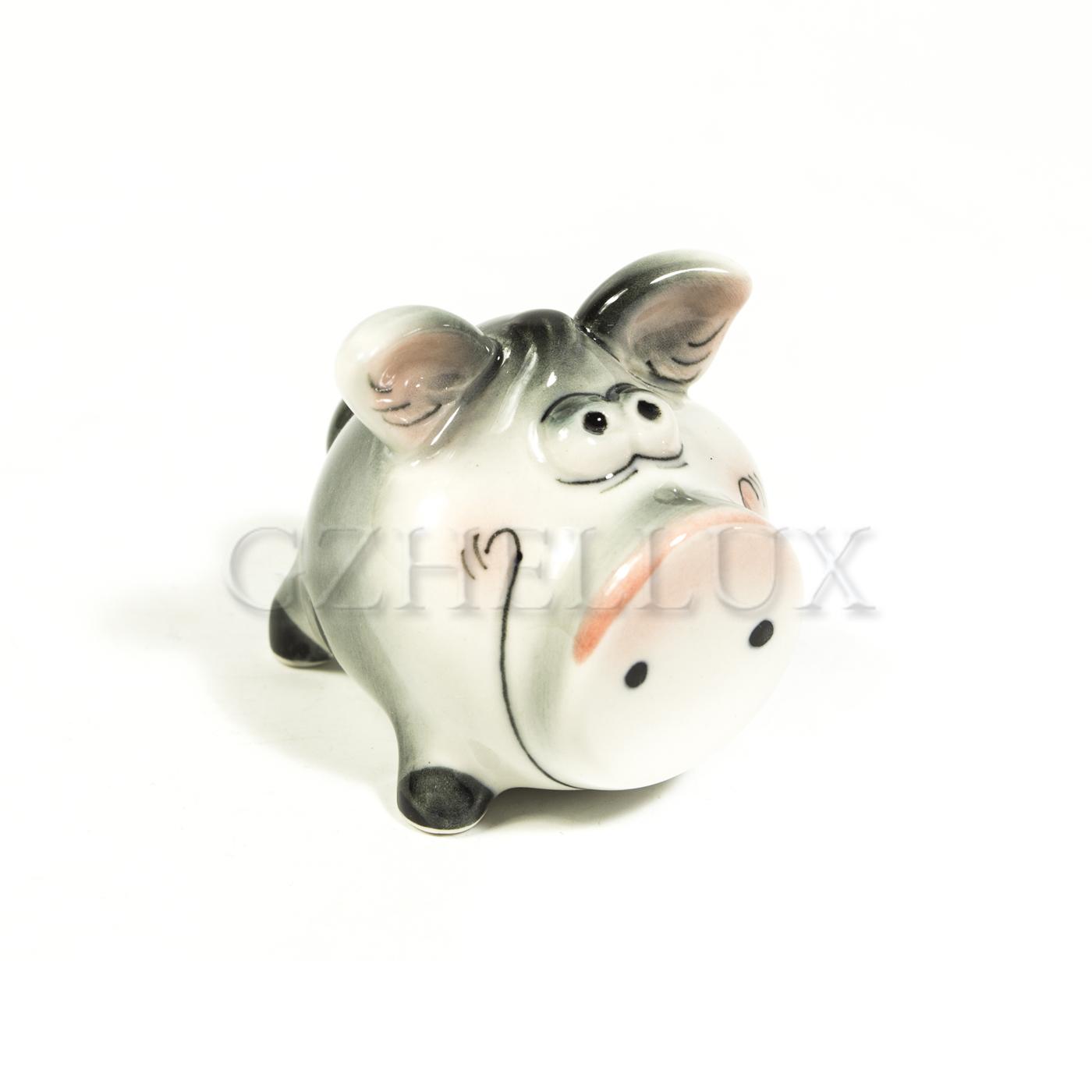 Скульптура «Свин Пятачок» в красках