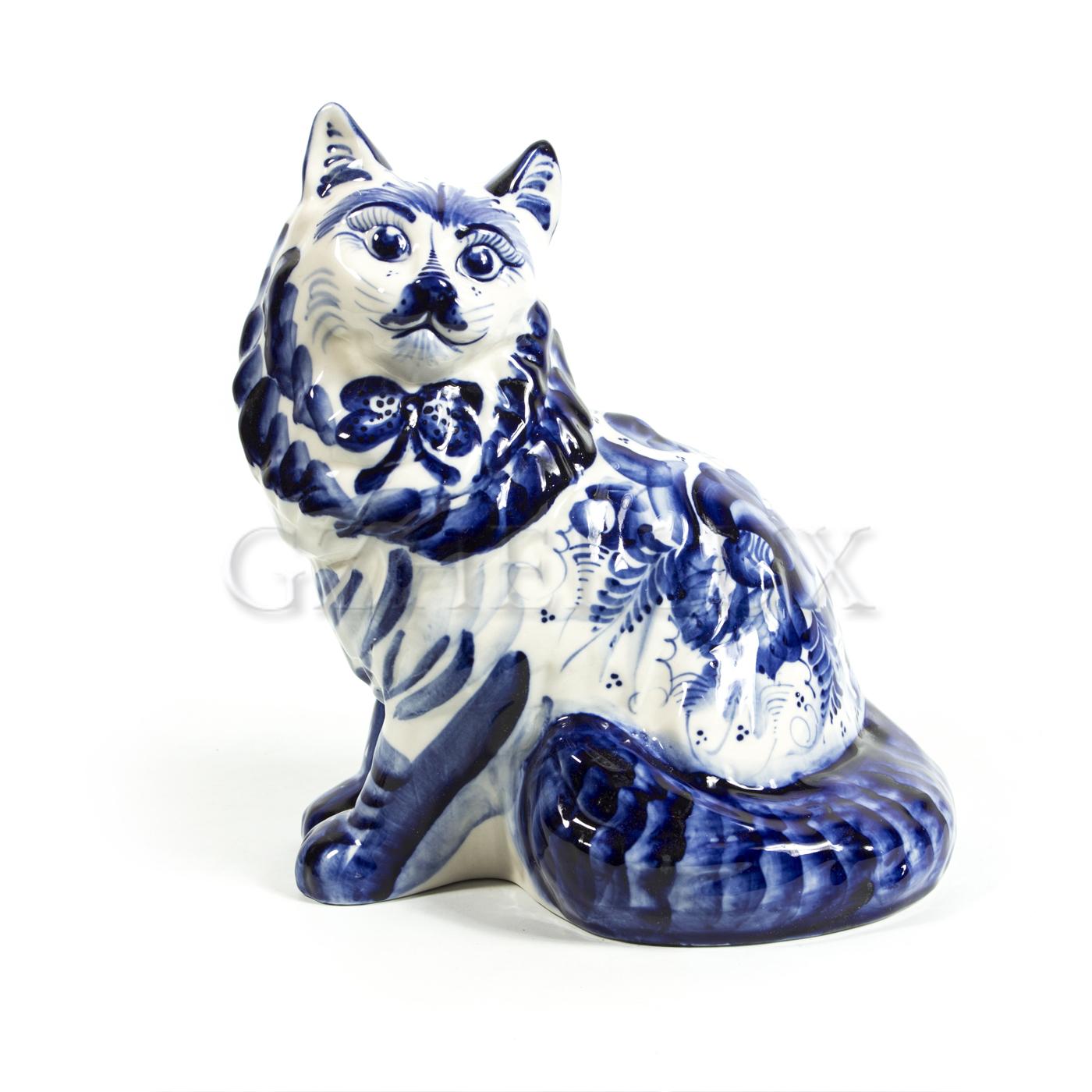 Скульптура «Кошка Майя»
