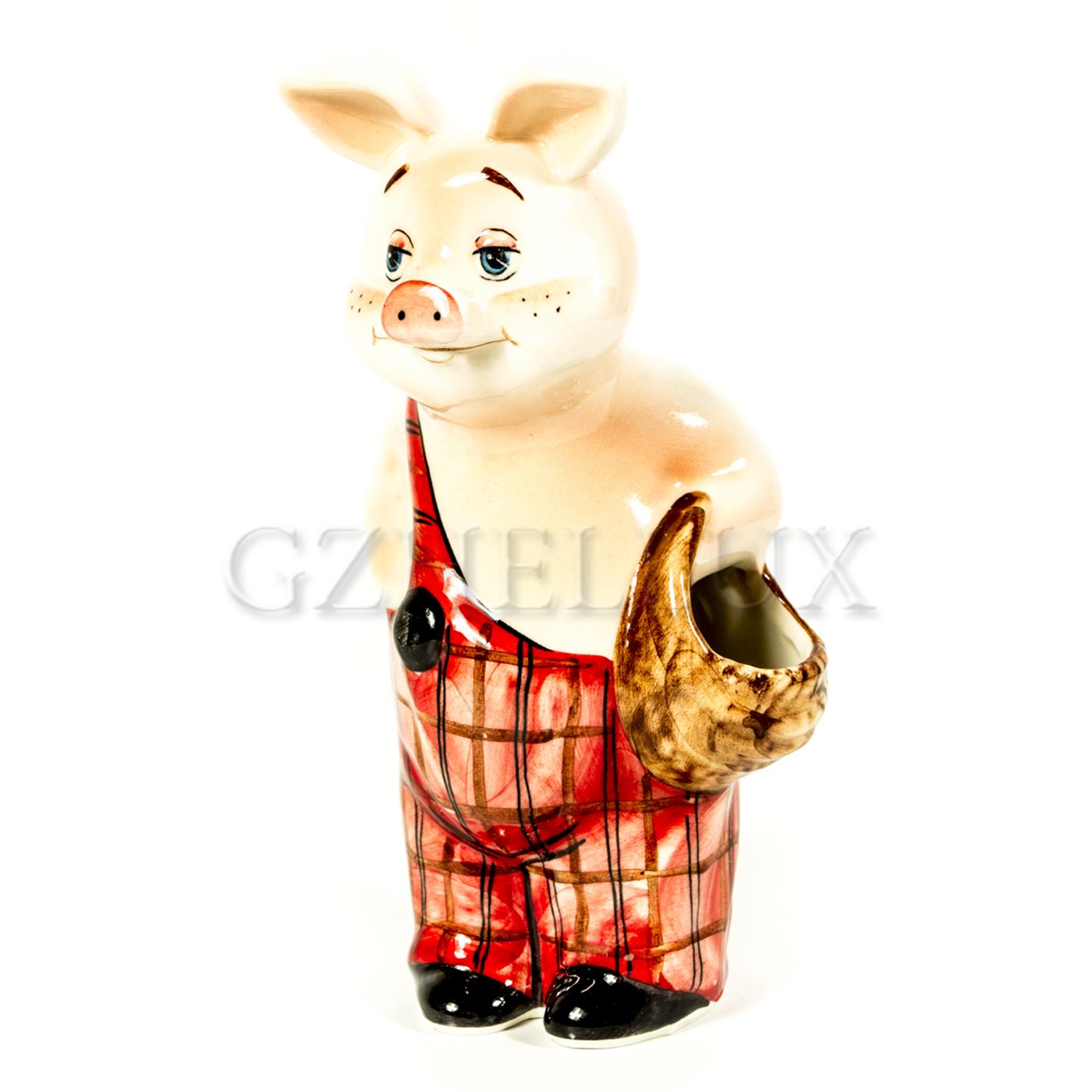 Скульптура «Кабан с корзинкой»