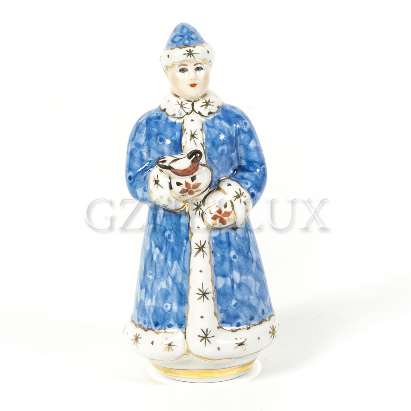 Скульптура «Снегурочка» в красках