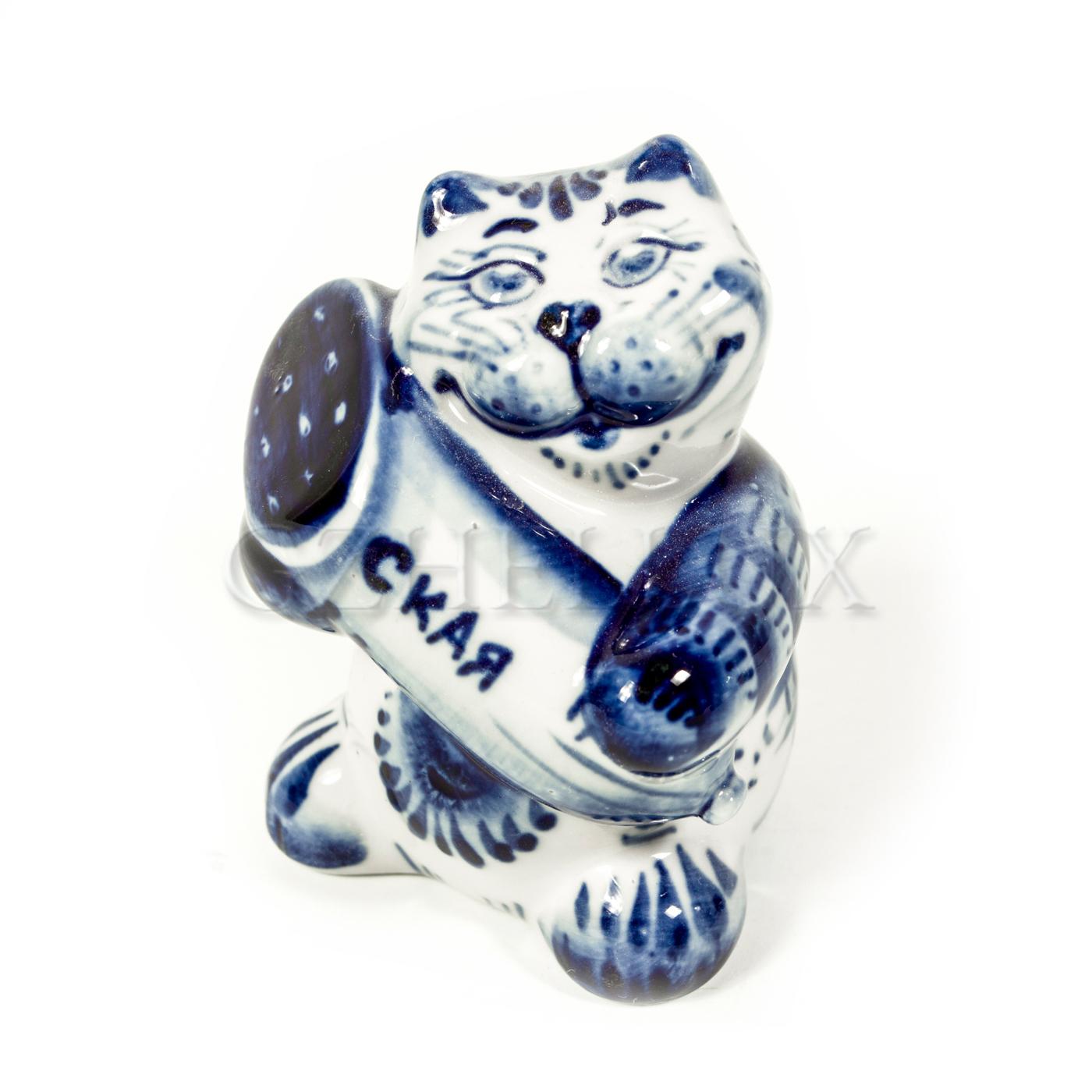 Скульптура «Кот с колбасой»