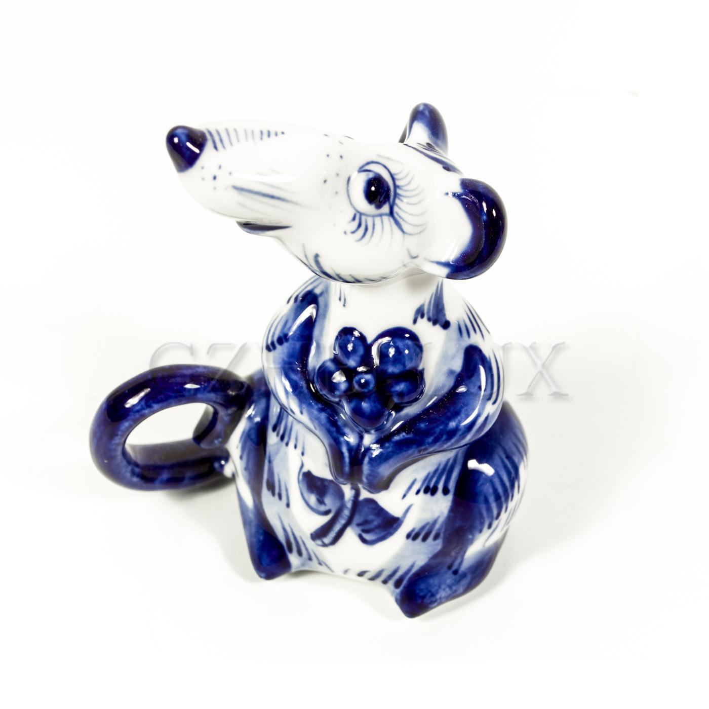 Скульптура «Крыса с цветком»